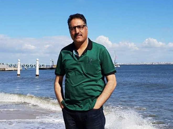 Rising Kashmir Editor Shujaat Bhukari shot dead in Srinagar