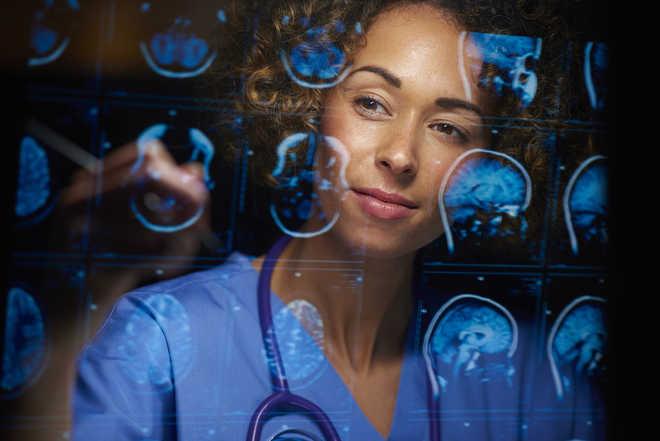 Genetic risk factors for brain cancer differ in men, women