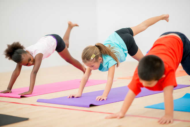 Kids less likely to be obese if mothers stick to healthy lifestyle