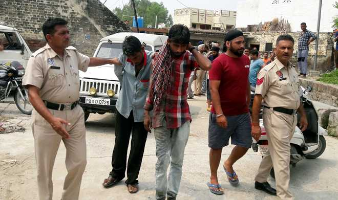 Vigilantes thrash two addicts in Hoshiarpur
