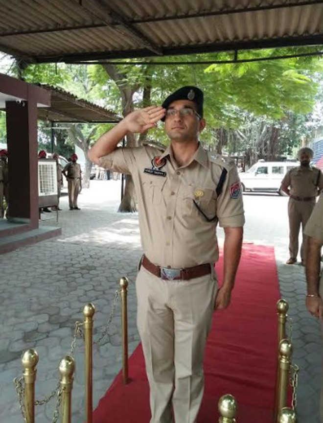 Dhruv Dahiya takes over as Khanna SSP