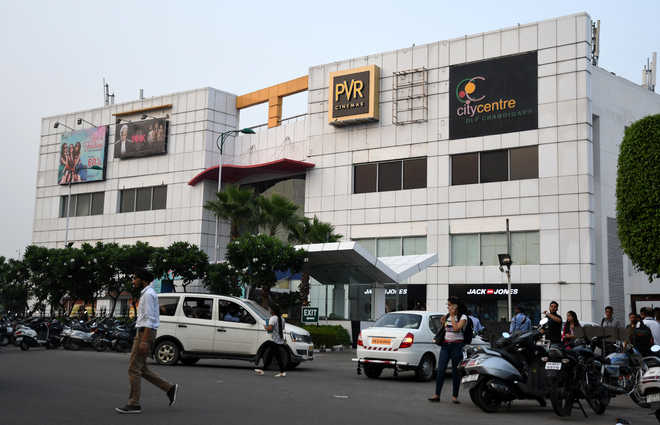 Shell out ad fee, MC asks multiplexes