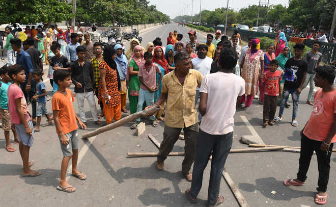 Suicide by Rajiv Colony resident: Three booked