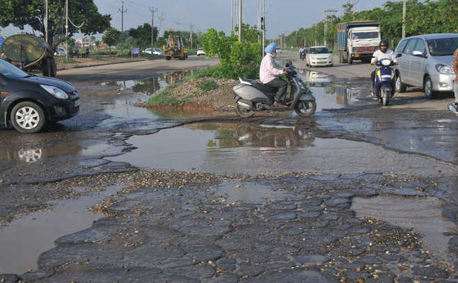 Civic body turns blind eye as potholed roads irk commuters
