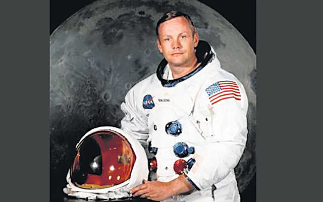 Armstrong's memorabilia to be auctioned