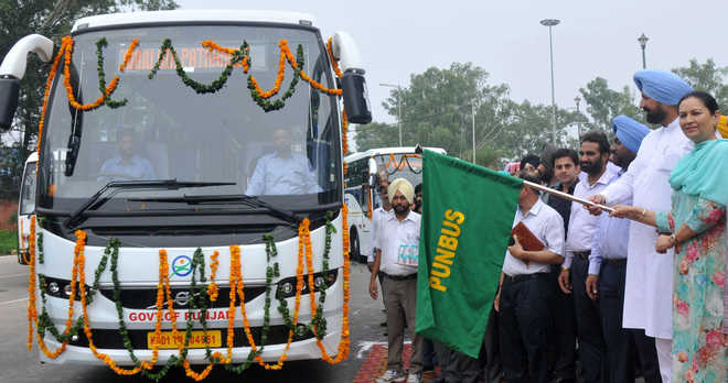 Mohali will have city bus service soon, says Sidhu
