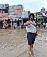 Punjab cops manning traffic in knee-deep water rewarded after praise on Twitter