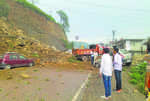 Debris piles up along Parwanoo-Solan stretch on NH-22