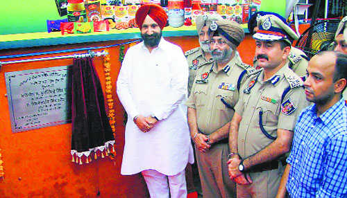 Relish thali cooked by jail inmates for Rs 90
