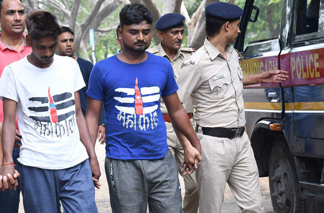 2 held for snatchings, robberies
