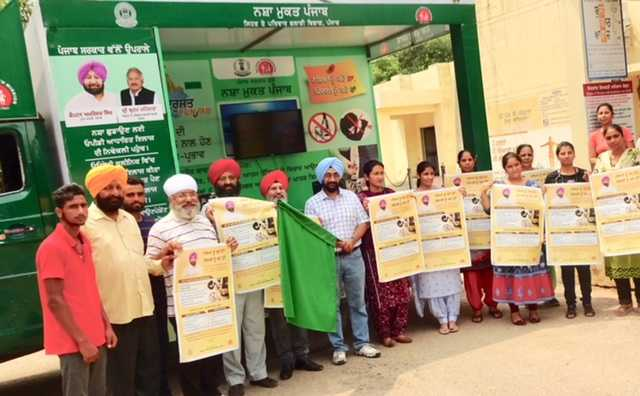 SMO, social clubs launch mobile van against drug abuse