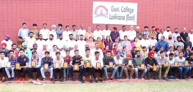 Govt College (East) starts sans building