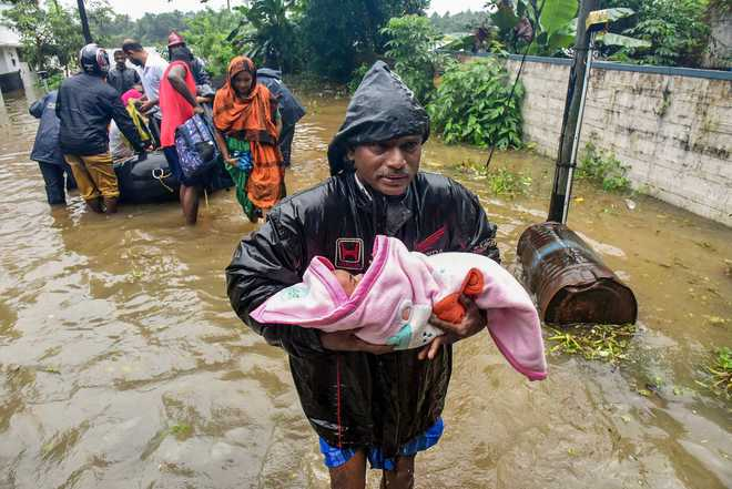 Flood situation in Kerala grim; toll mounts to 79