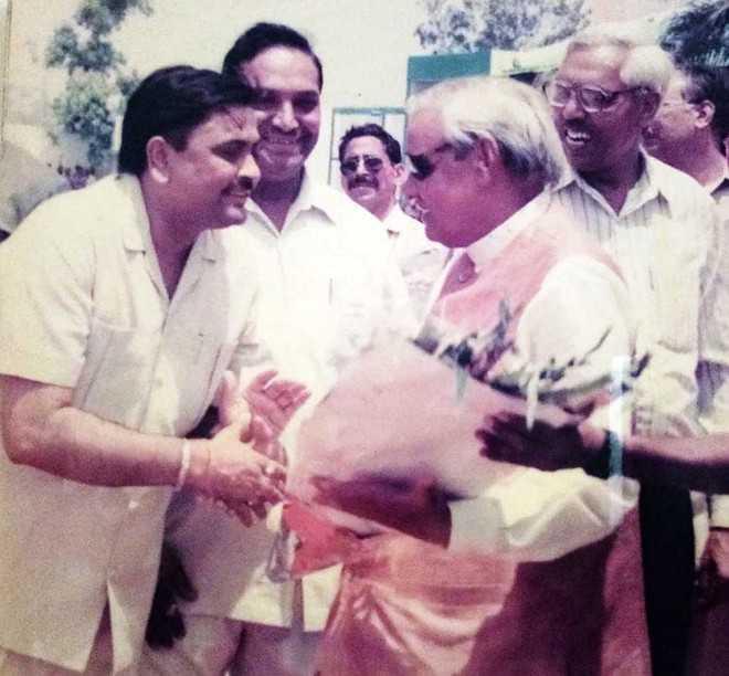Nation lost a true statesman, says Manoranjan Kalia