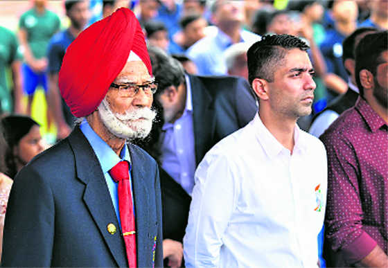 I am yesterday's man looking for next champion: Bindra