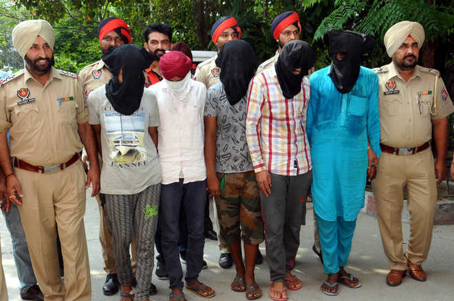 Five of gang held for bank robberies