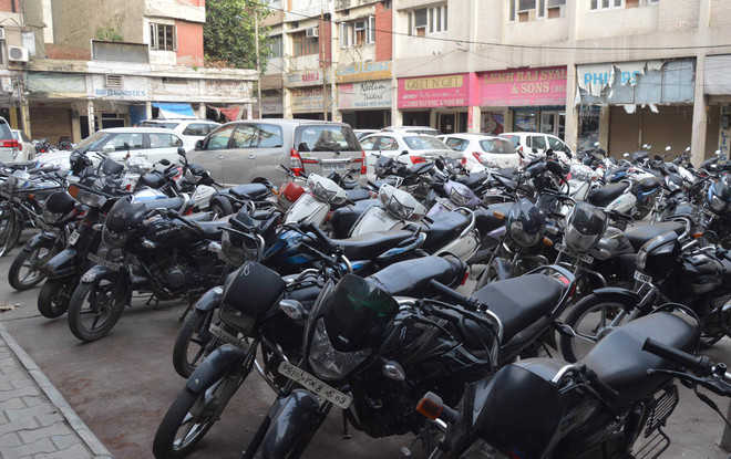 e-auction of 11 parking sites in city on Aug 21