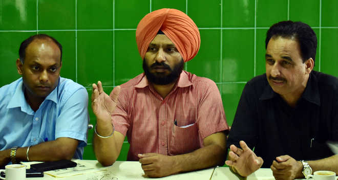 Yograj-Amrinder group wants 7th pay panel recommendations implemented