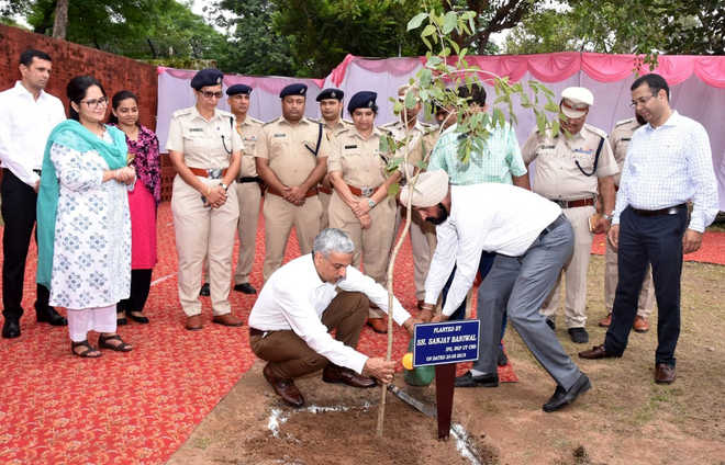 Police stations to go green