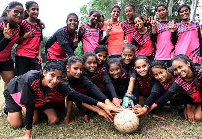 GMHS-20 girls, NPS boys book ticket to Subroto Cup