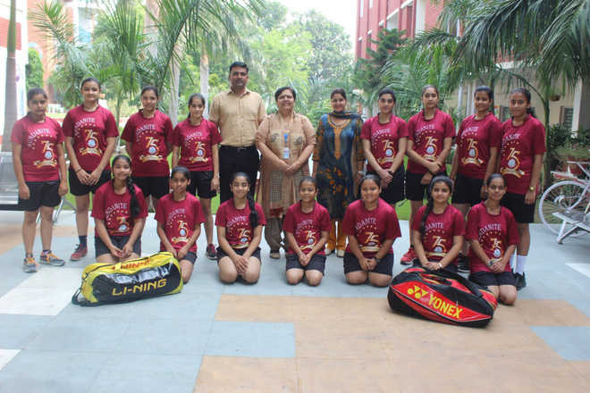 KVM girls clinch badminton trophy