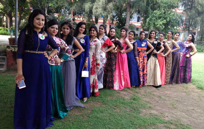 college student college fresher party dress for girl