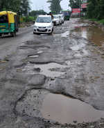 Mohali-Landran stretch a nightmare for commuters