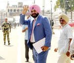 Sidhu bats for Indo-Pak peace