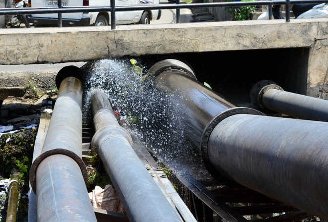 J&K heading for water crisis, losing over 40% in distribution