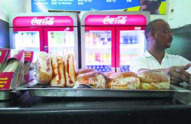 Despite orders, sale of  junk food continues in colleges