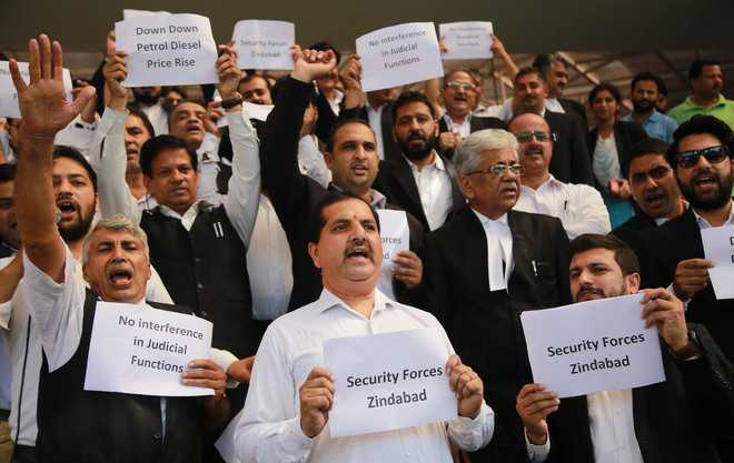 Lawyers protest against petrol price hike