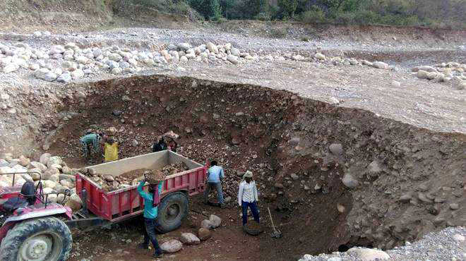 Lax laws hamper drive against illegal mining in Kangra district