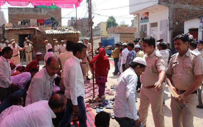 Row over namaz in G'gram again