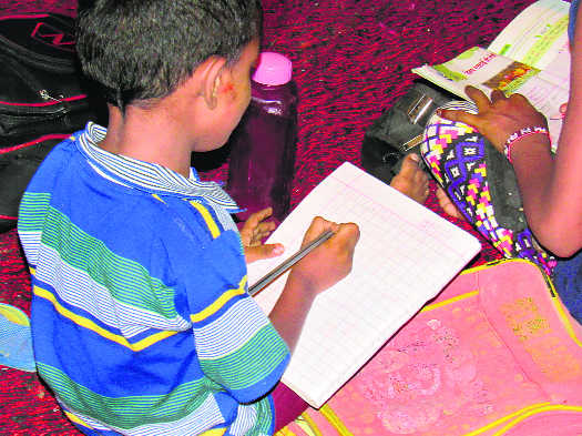 Civil society initiatives to educate slum kids in Rohtak