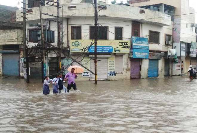 Punjab schools to remain closed tomorrow due to heavy rain