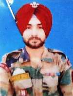 Gurdaspur jawan, 3 militants killed in Tangdhar gunfight