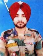 Gurdaspur jawan, 3 militants killed in Tangdhar gunfight