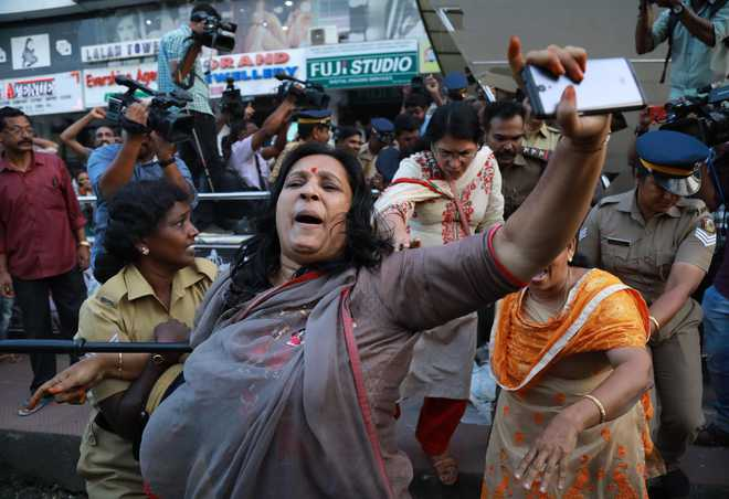 Sabarimala row: Kerala on edge as mobs take to streets, 3 BJP workers stabbed in Thrissur