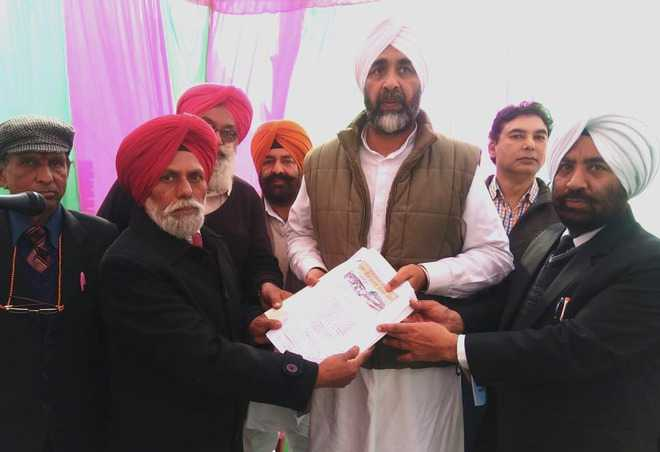 Residents ask Manpreet Badal to fulfil election promise
