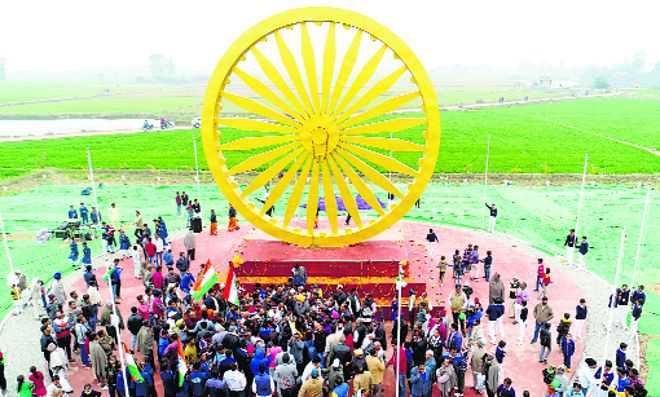 India's biggest Ashoka Chakra unveiled in Y'nagar village