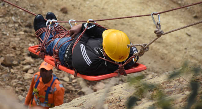 Mock drill in Mandi to deal with landslide disasters