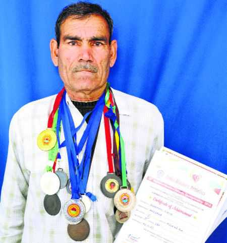 Ex-CRPF official an inspiring athlete