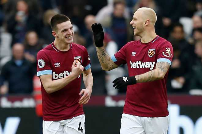Rice scores first Hammers goal to defeat Arsenal