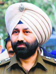 Won't allow kitty biz in city: Police chief to HC