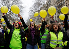 'Women's yellow vests'