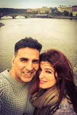 '18-year challenge': Twinkle Khanna marks marriage anniversary with husband Akshay