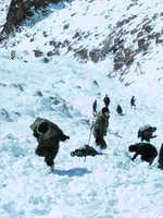 Five labourers killed in Khardung La avalanche