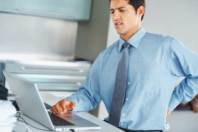 Dangers of desk job and how to avoid them