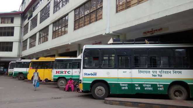 Buses plying illegally from Kangra 'eating into' revenue of HRTC