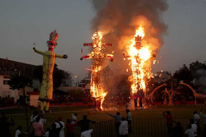 Effigy burning, cultural shows mark celebrations